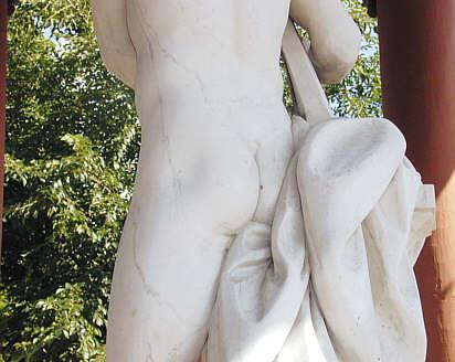 Apoll im Apollotempel im Schwetzinger Schlossgarten